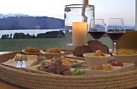 Choose a dining at the lodge addition to your stay in Te Anau at Prodpect Lodge.