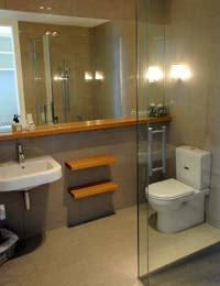 Prospect Lodge Bed and Breakfast  ensuite bathroom, Te Anau